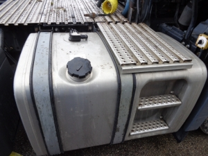MAN fuel tank 450L 81122015828