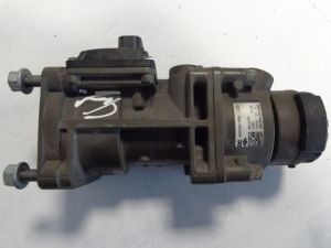 Mercedes Benz EBS pressure regulating valve A0044311506