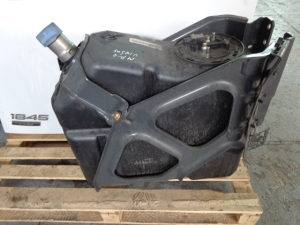 MP4 Ad Blue tank 75L with brackets 9604701615, 9604701115