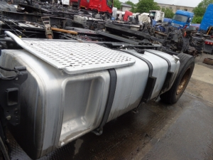 DAF XF106 complete fuel tank 845L with brackets...