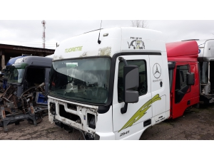 MB Actros MP3 cab A9436000305, A9436000020