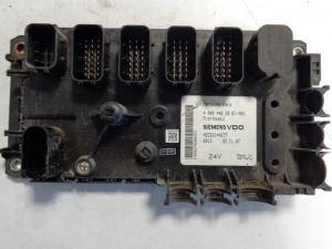Mercedes Benz Frontmodul control unit A 0004462861