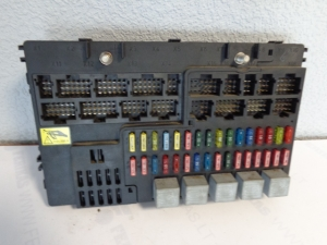 Mercedes Benz Grundmodul control unit A 0004462558