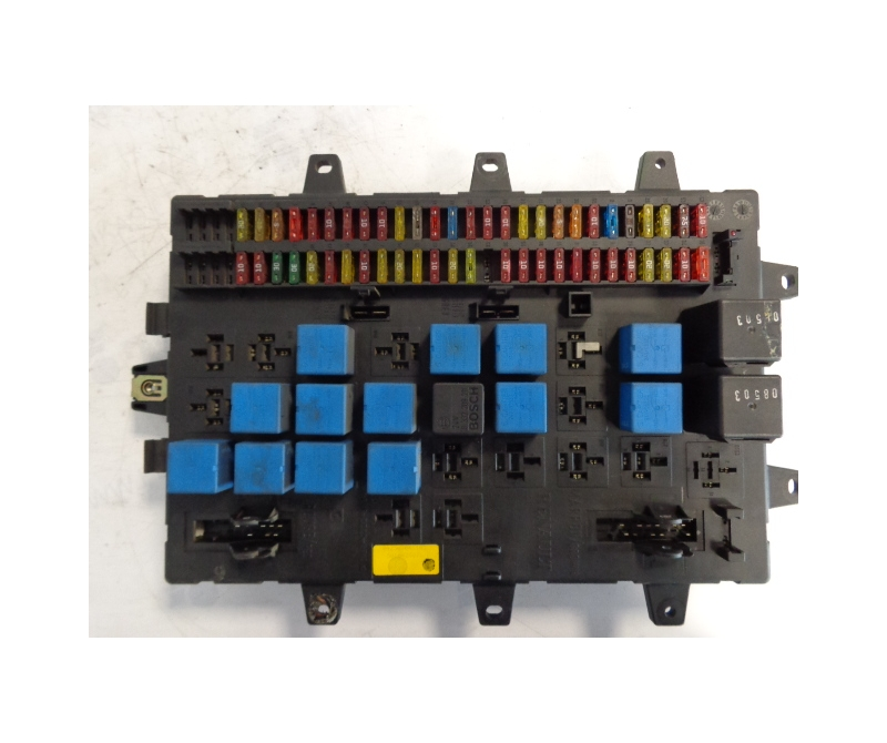 renault central fuse box 5010428876 ferikas. Black Bedroom Furniture Sets. Home Design Ideas