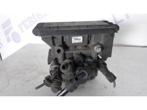 VOLVO FH4 Rear EBS brake modulator 21114975, K029247
