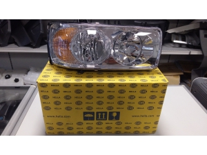 DAF XF105 genuine Hella headlight 1699301 1699300
