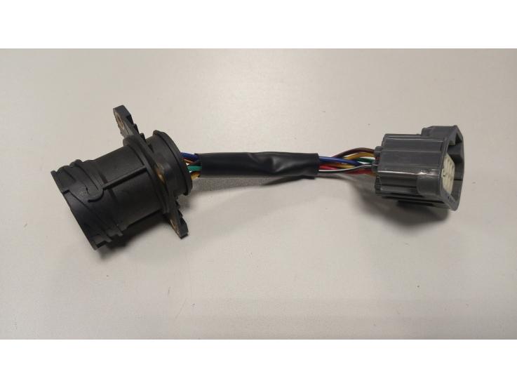 Volvo FH 2002-2013 žibinto jungties adaptetris iš apvalios į kvadratinę 0151001
