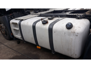 MB Actros MP4 complete fuel tank 820L  A9604701401