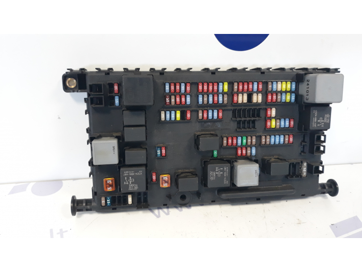 daf xf106 central fuse box 1913235 ferikas. Black Bedroom Furniture Sets. Home Design Ideas