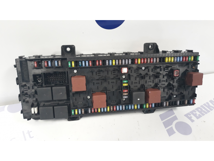 renault fuse box    renault    t    fuse       box    22445008 p02 ferikas     renault    t    fuse       box    22445008 p02 ferikas