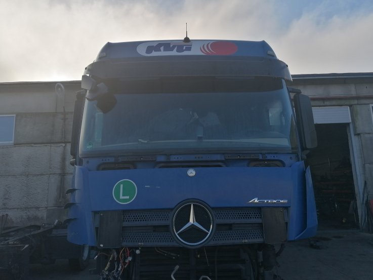 MB actros mp4 big space cab A0006000101 , A0006001005