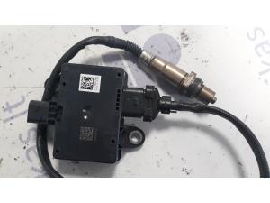 DAF XF 106 išmetimo katalizatoriaus sensorius...