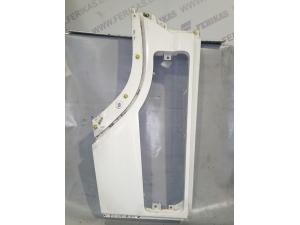 Volvo FH4 pillar garnish w hole 84029888 21940892