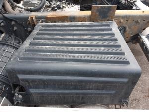 Renault premium dxi 2009 battery box 7421046415