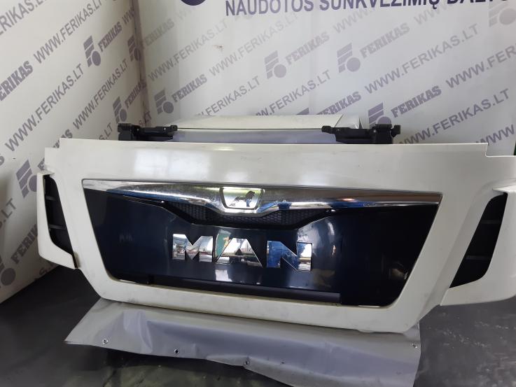 Man TGX EU6 front grill panel , bonnet , hood 81611106095