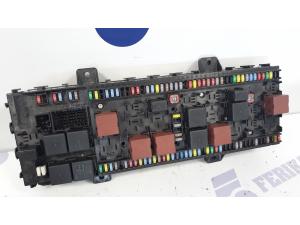 Volvo FH4 fuse box 21939408 P02