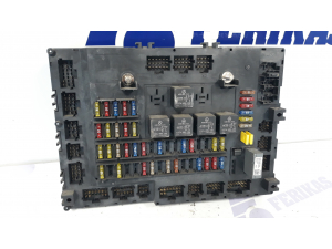 MB Actros MP4 saugiklių dėžė A0014463558, A0014463658, A0014466158, A0014467658