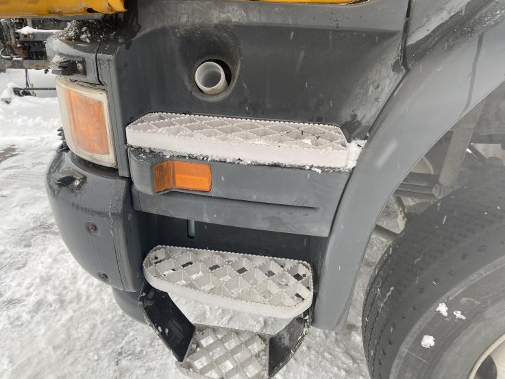 Scania P boarding step LH 1854227 1498179 1805447