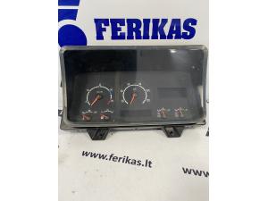 Scania приборная панель 1545989
