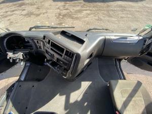 Iveco Stralis EU6 apatinė panelė 5801466215 pilnas komplektas