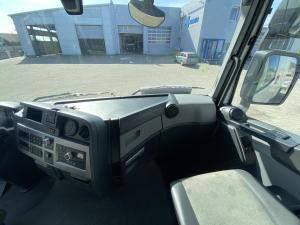Renault T dashboard 7482705862