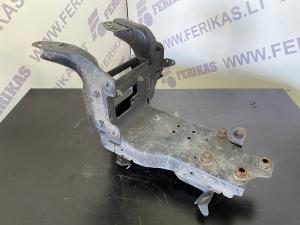 Mercedes Benz Actros lower step bracket A9606601130 L.H.
