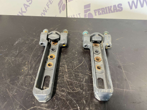 Mercedes Benz Actros fuel tank brackets A9604910916, A9604911016
